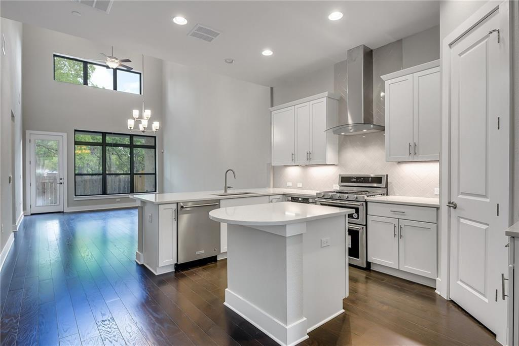 Active | 4323 Spicewood Springs Road #13 Austin, TX 78759 11