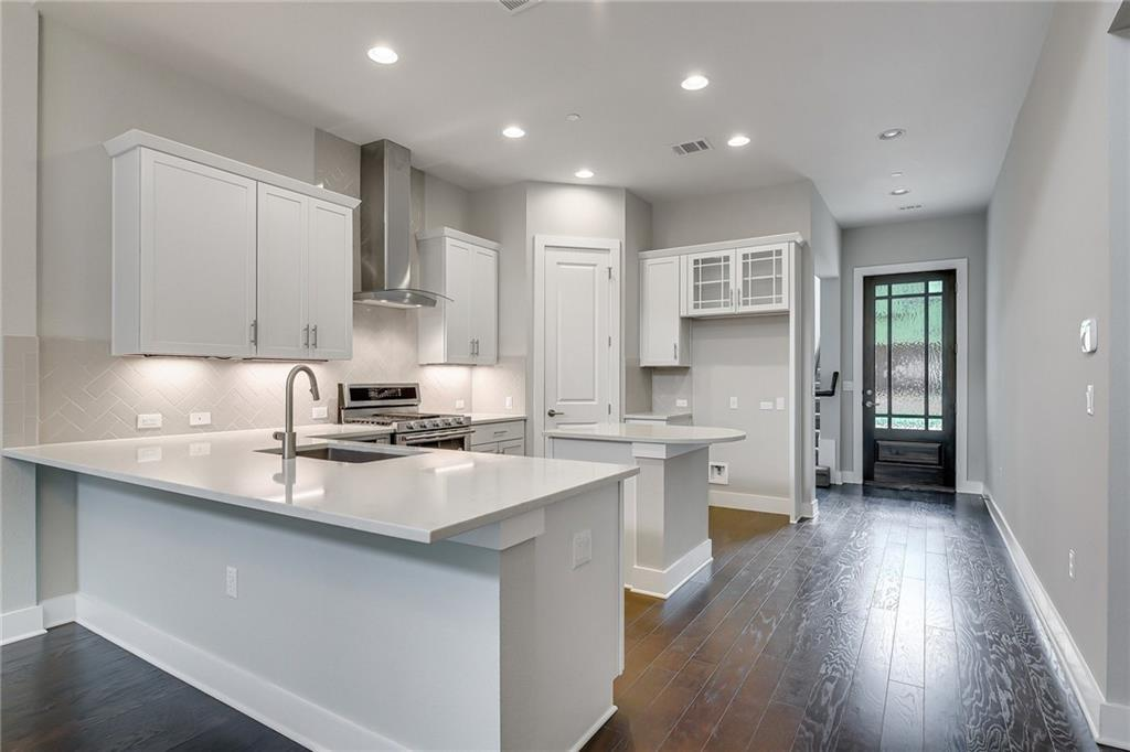 Active | 4323 Spicewood Springs Road #13 Austin, TX 78759 9