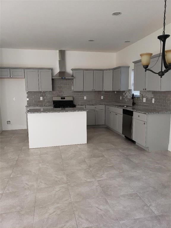 Sold Property | 558 Elkhart Avenue Dallas, Texas 75217 13