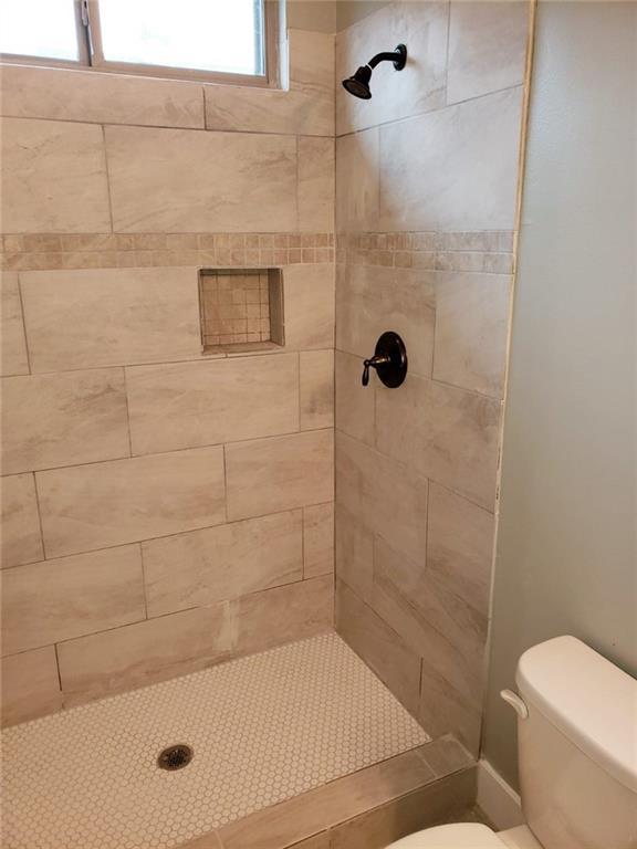 Sold Property | 558 Elkhart Avenue Dallas, Texas 75217 7