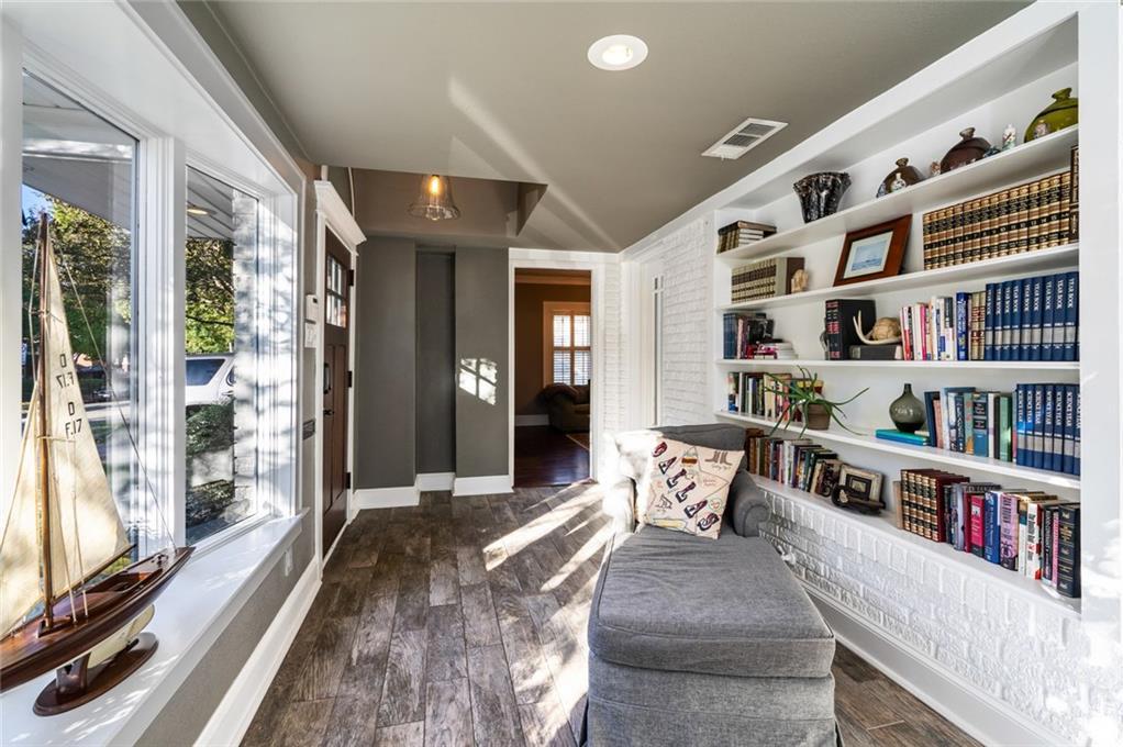 Sold Property   5253 Richard Avenue Dallas, Texas 75206 10