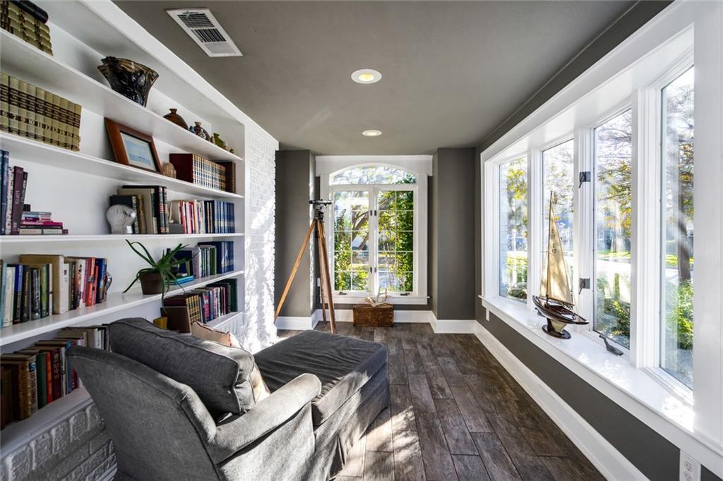 Sold Property   5253 Richard Avenue Dallas, Texas 75206 12