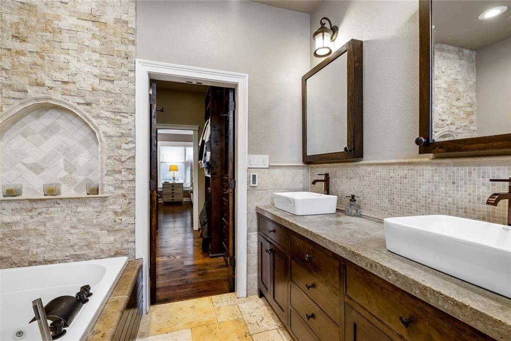 Sold Property   5253 Richard Avenue Dallas, Texas 75206 14