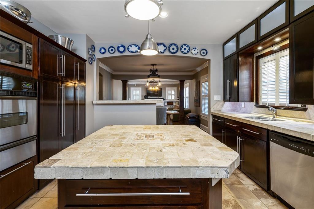 Sold Property   5253 Richard Avenue Dallas, Texas 75206 15