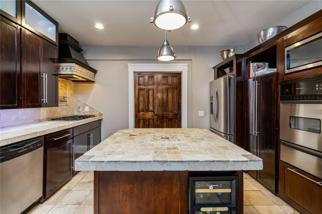 Sold Property   5253 Richard Avenue Dallas, Texas 75206 17