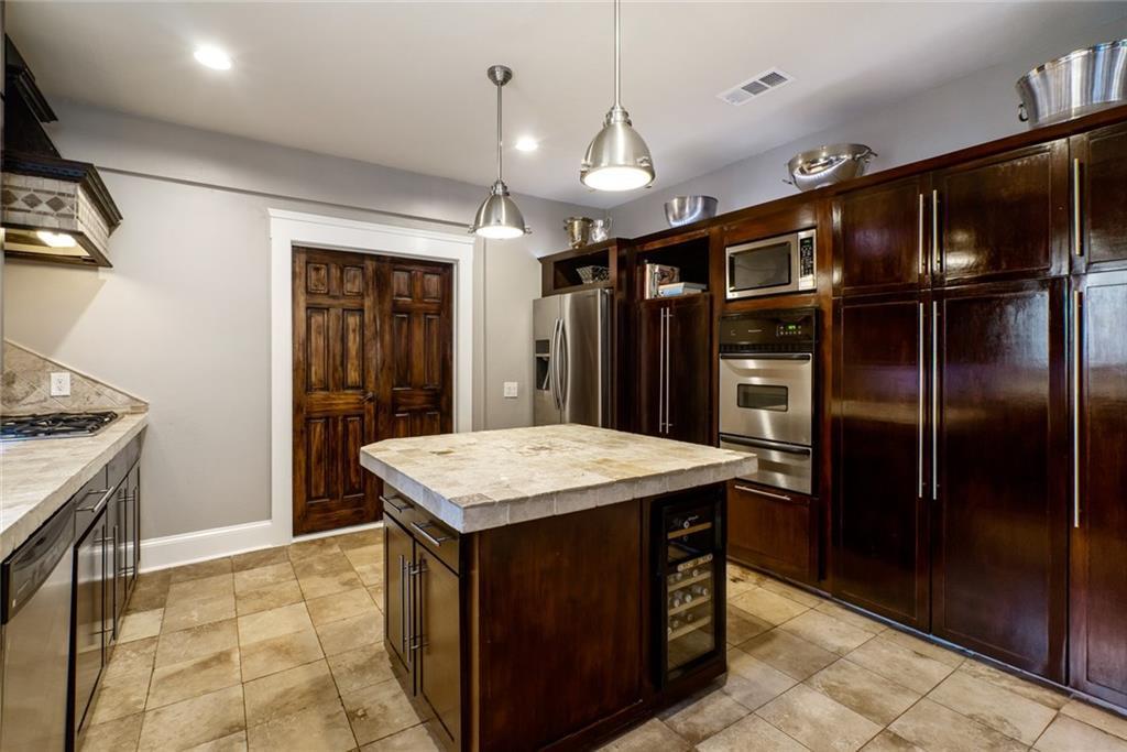Sold Property   5253 Richard Avenue Dallas, Texas 75206 18