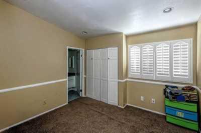 Active | 8284 Mondavi Place Rancho Cucamonga, CA 91730 12
