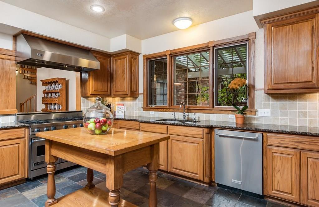 Sold Property | 5100 Deerwood Park Drive Arlington, Texas 76017 10
