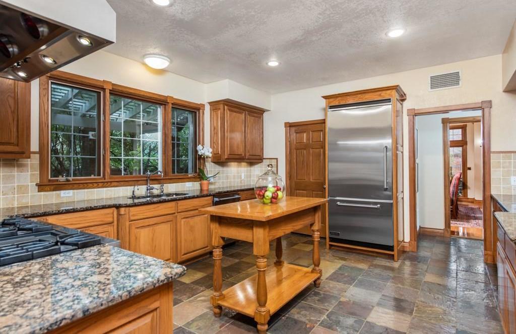 Sold Property | 5100 Deerwood Park Drive Arlington, Texas 76017 12