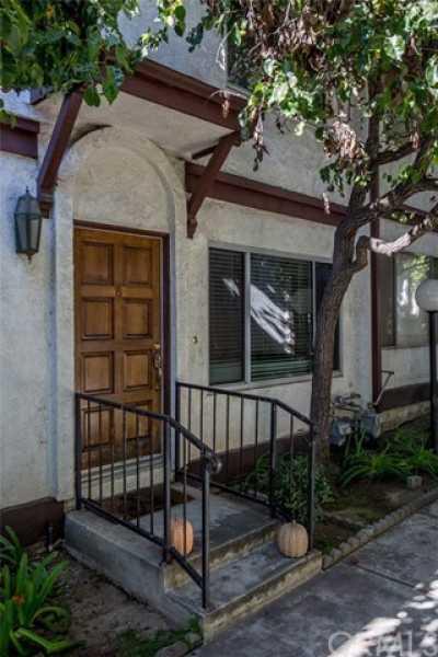 Closed   149 S Avenue 54  #8 Highland Park, CA 90042 1