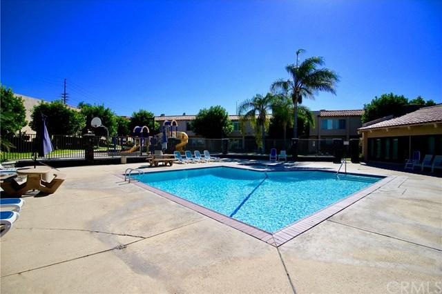 Off Market | 700 W La Veta Avenue #H8 Orange, CA 92868 20