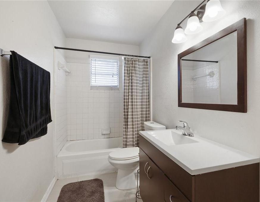 DFW Real Estate | 11237 Trail Lane Balch Springs, Texas 75180 20