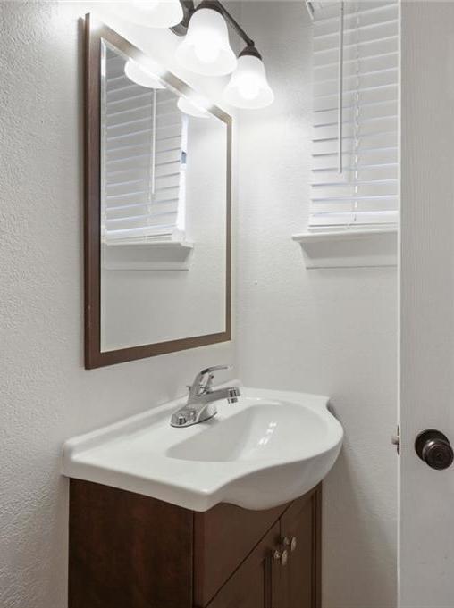DFW Real Estate | 11237 Trail Lane Balch Springs, Texas 75180 24