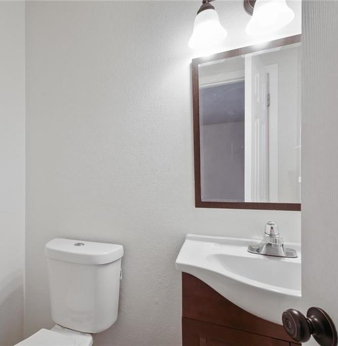 DFW Real Estate | 11237 Trail Lane Balch Springs, Texas 75180 25