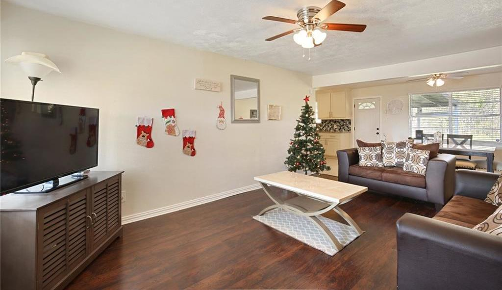 DFW Real Estate | 11237 Trail Lane Balch Springs, Texas 75180 8