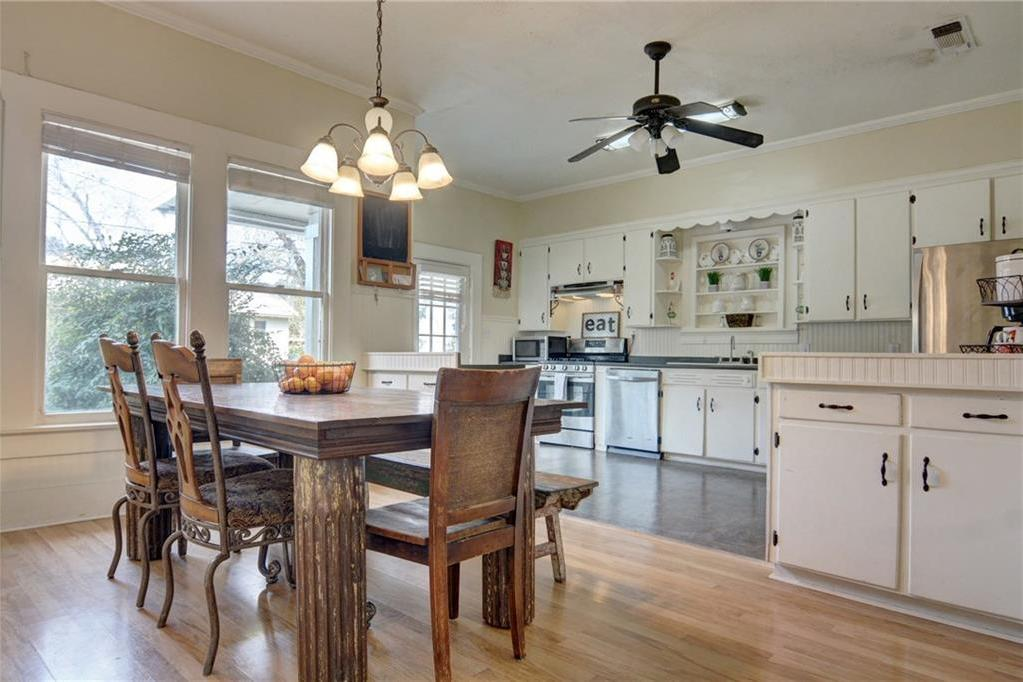 Home for sale La Grange, Fayette County for Sale, Historic Home for Sale, Built in 1929 | 360 N Jackson Street La Grange, TX 78945 15