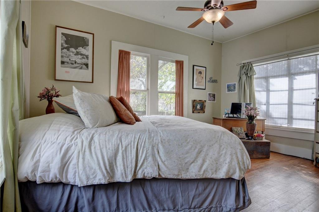 Home for sale La Grange, Fayette County for Sale, Historic Home for Sale, Built in 1929 | 360 N Jackson Street La Grange, TX 78945 18