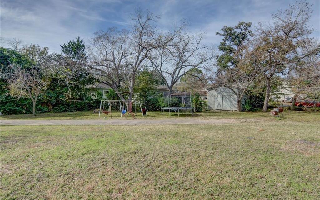 Home for sale La Grange, Fayette County for Sale, Historic Home for Sale, Built in 1929 | 360 N Jackson Street La Grange, TX 78945 34
