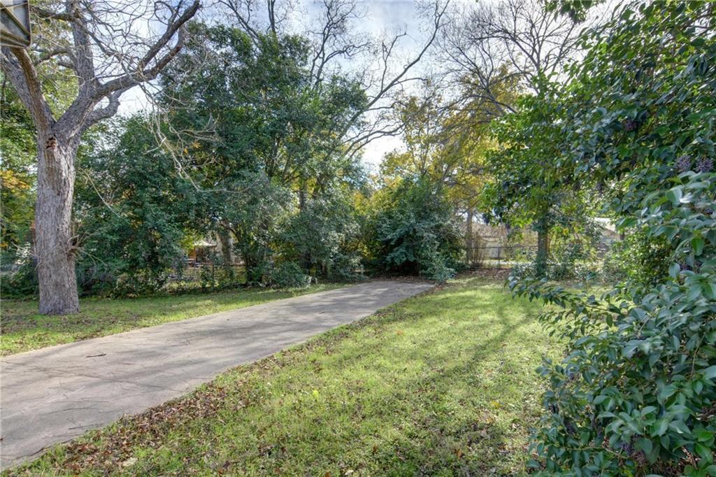 Home for sale La Grange, Fayette County for Sale, Historic Home for Sale, Built in 1929 | 360 N Jackson Street La Grange, TX 78945 38