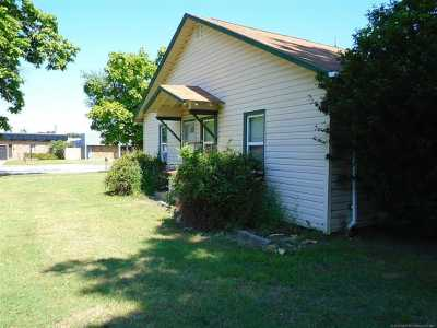 Off Market | 109 N Adair Street Pryor, Oklahoma 74361 6