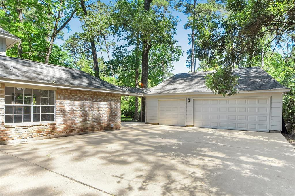 Off Market   2939 Kings Forest Drive Kingwood, Texas 77339 36