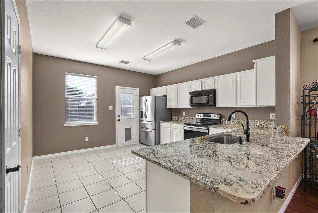 DFW Real Estate | 1908 Silver Leaf Drive Little Elm, Texas 75068 9
