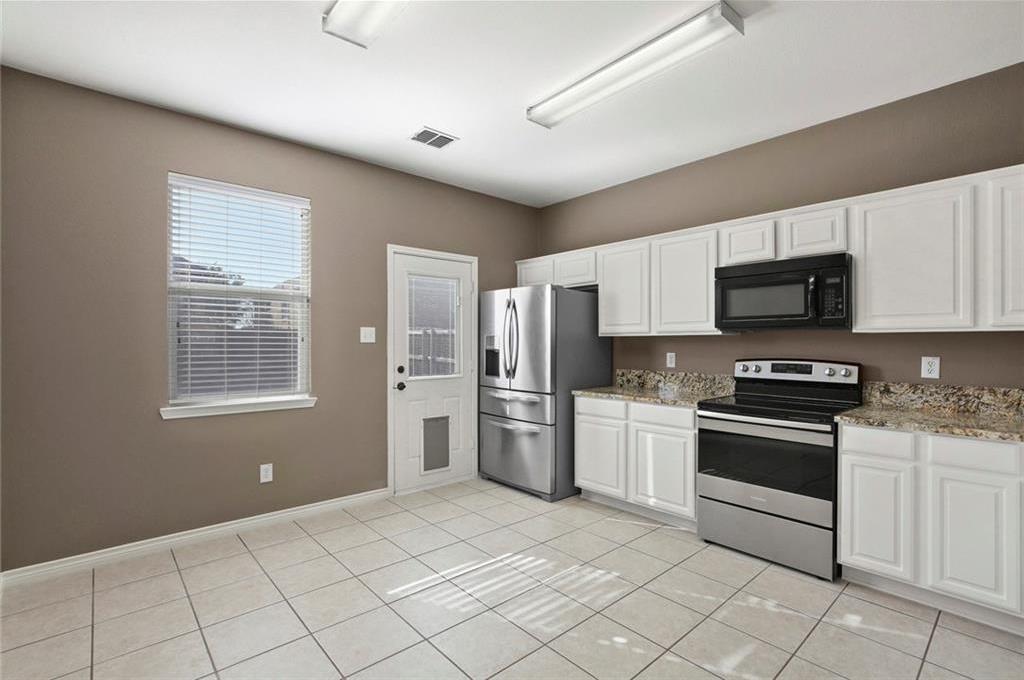 DFW Real Estate | 1908 Silver Leaf Drive Little Elm, Texas 75068 10