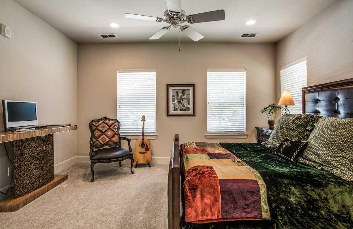 Leased | 7700 Eastern Avenue #501 Dallas, Texas 75209 6