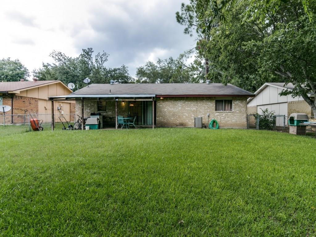 Housed Real Estate + Relocation  | 5514 Saddleback  Road Garland, TX 75043 23