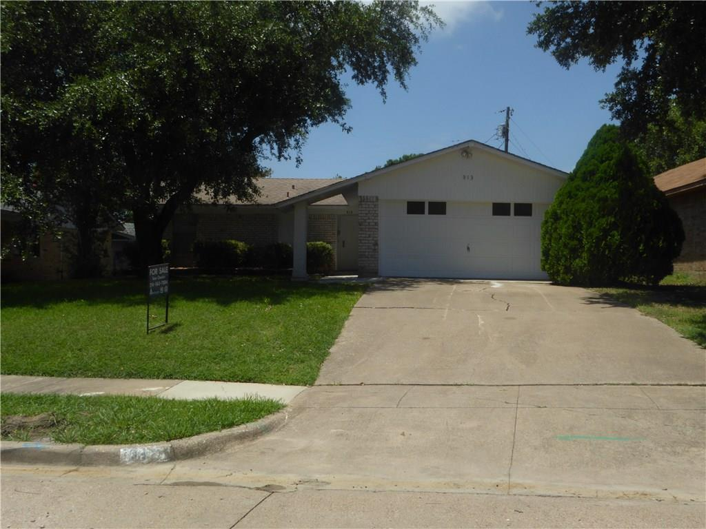 Housed Real Estate + Relocation  | 913 Embassy Street Mesquite, Texas 75149 3