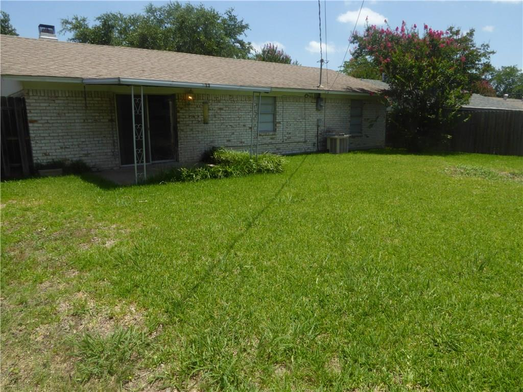 Housed Real Estate + Relocation  | 913 Embassy Street Mesquite, Texas 75149 14