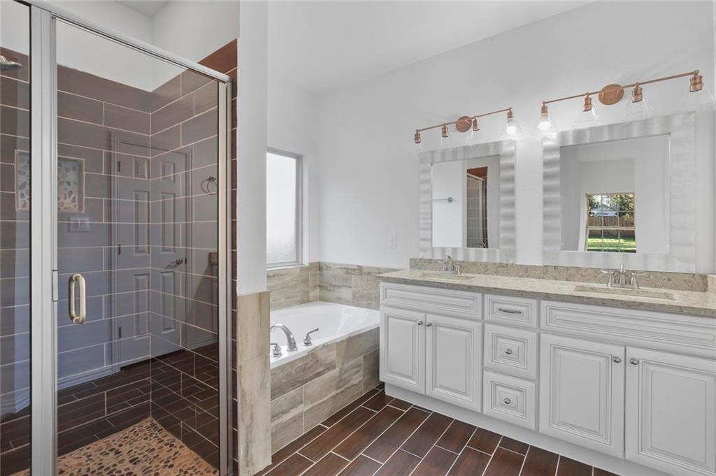 Sold Property | 217 Macarthur Boulevard Grand Prairie, Texas 75050 16