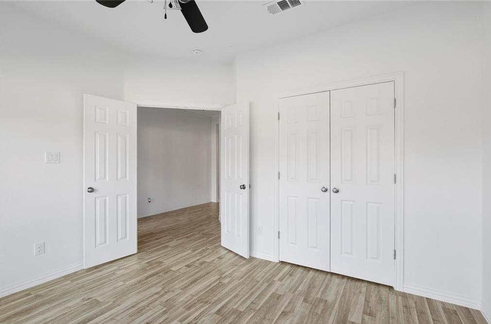 Sold Property | 217 Macarthur Boulevard Grand Prairie, Texas 75050 20