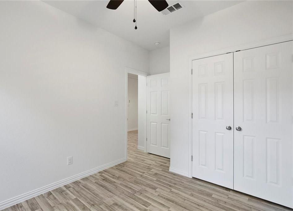 Sold Property | 217 Macarthur Boulevard Grand Prairie, Texas 75050 24