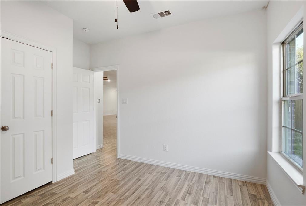 Sold Property | 217 Macarthur Boulevard Grand Prairie, Texas 75050 28