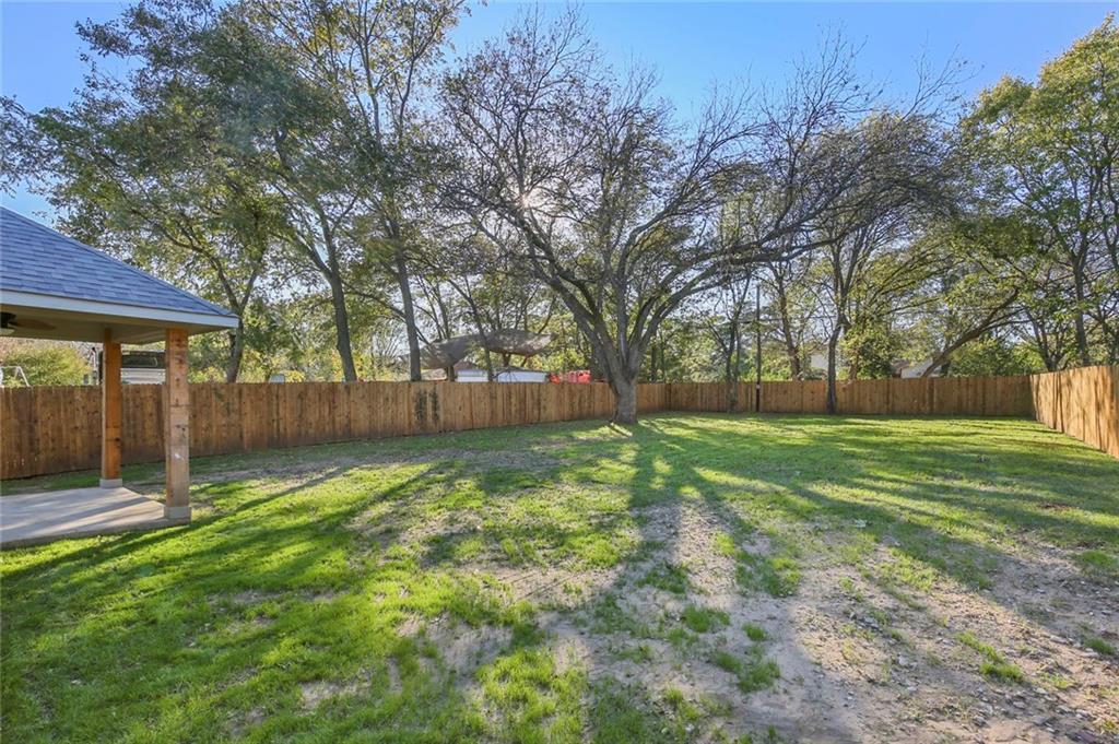 Sold Property | 217 Macarthur Boulevard Grand Prairie, Texas 75050 32