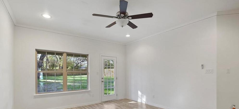 Sold Property | 217 Macarthur Boulevard Grand Prairie, Texas 75050 8