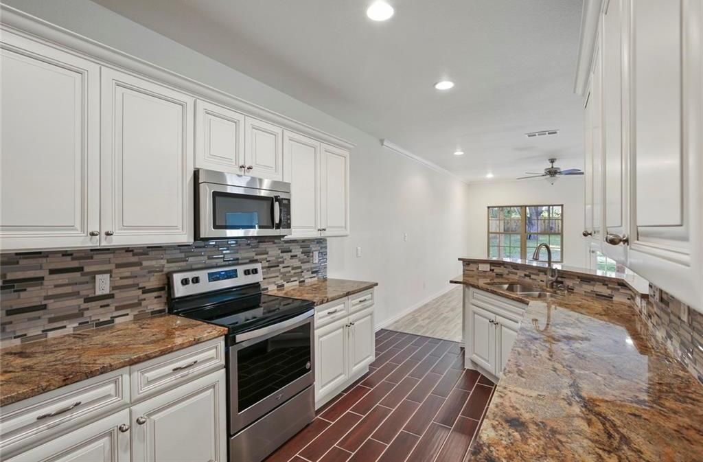 Sold Property | 217 Macarthur Boulevard Grand Prairie, Texas 75050 10