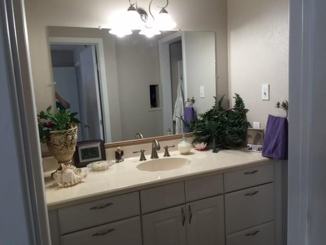 Housed Real Estate + Relocation  | 5300N Keller Springs  Road #1056N Dallas, TX 75248 25