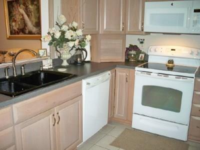 Housed Real Estate + Relocation  | 5300N Keller Springs  Road #1056N Dallas, TX 75248 6