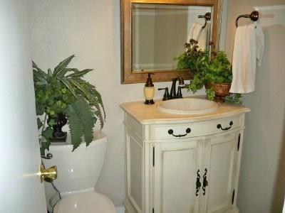 Housed Real Estate + Relocation  | 5300N Keller Springs  Road #1056N Dallas, TX 75248 8