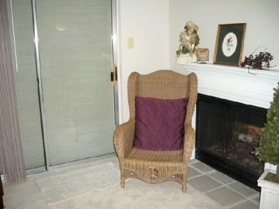 Housed Real Estate + Relocation  | 5300N Keller Springs  Road #1056N Dallas, TX 75248 11