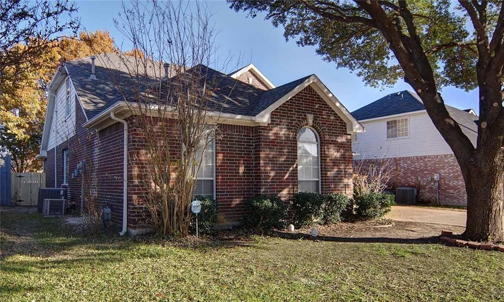 Sold Property | 203 Jennifer Lane Arlington, Texas 76002 3