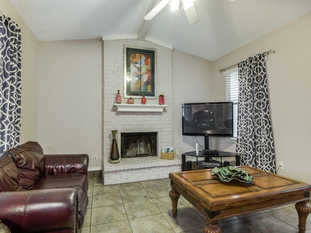 Housed Real Estate + Relocation  | 2005 Gardanne  Lane Carrollton, TX 75007 9