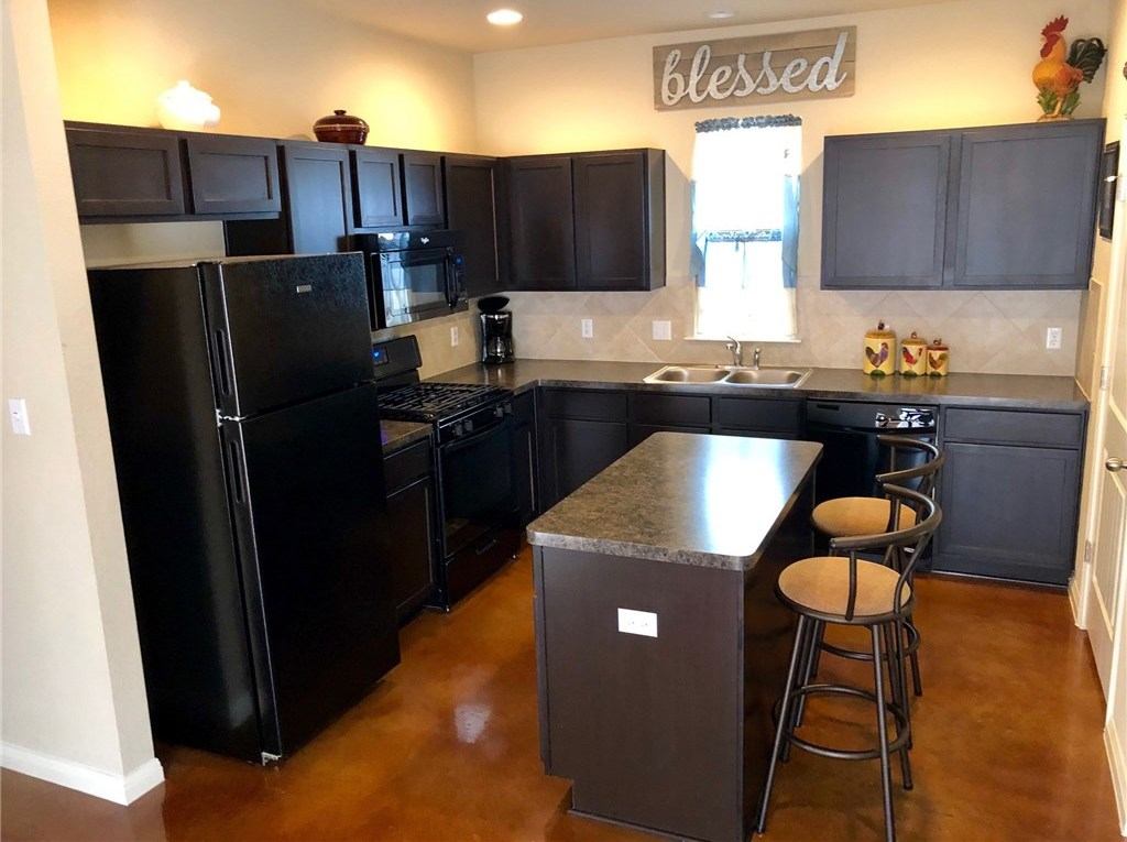 Sold Property | 4614 Inicio Lane Austin, TX 78725 3