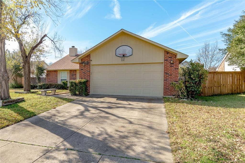 Sold Property | 2405 Chinaberry Drive Bedford, Texas 76021 3