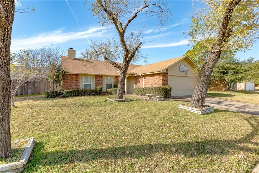 Sold Property | 2405 Chinaberry Drive Bedford, Texas 76021 4
