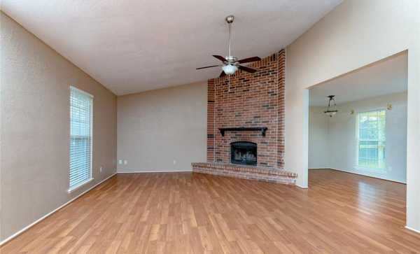 Sold Property | 2405 Chinaberry Drive Bedford, Texas 76021 8
