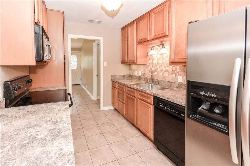 Housed Real Estate + Relocation  | 910 Warfield  Way Richardson, TX 75080 13