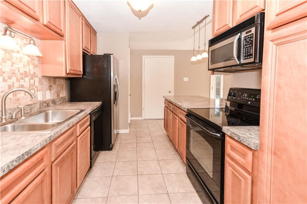 Housed Real Estate + Relocation  | 910 Warfield  Way Richardson, TX 75080 14